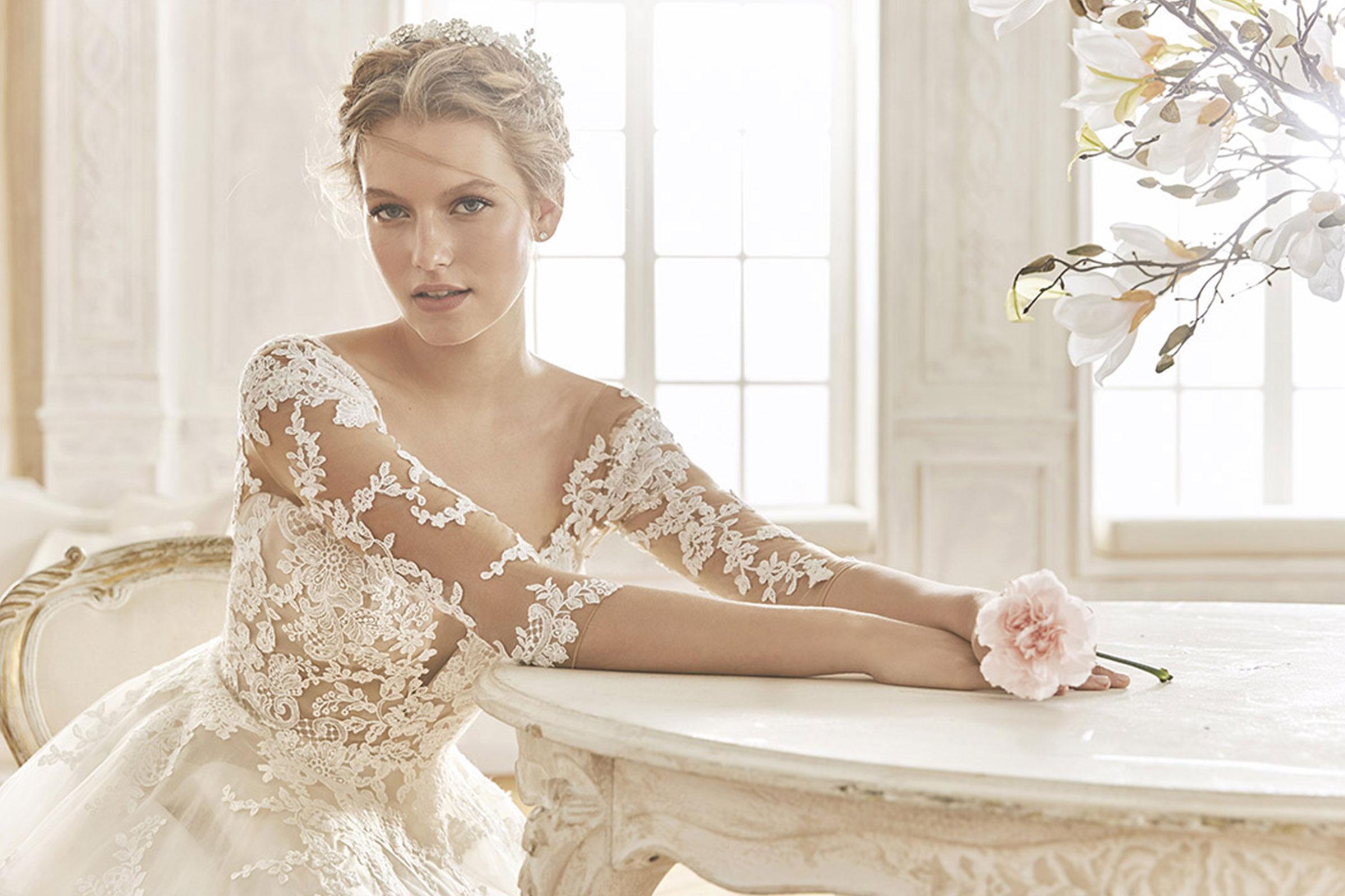 97dd6bebc03 Création sur mesure de votre robe de mariée.